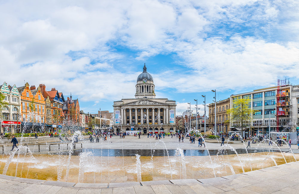 Nottingham - Manchester Airport | Chauffeur Taxi Transfer